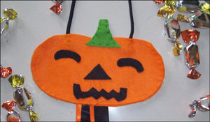 halloween-trick-or-treat-bag_cqt