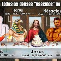 Deuses que nasceram dia 25 de Dezembro